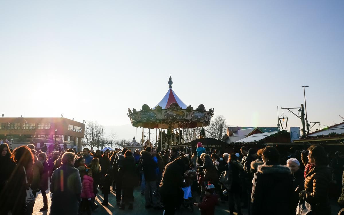 Christmas Market at Sechseläutenplatz, Zürich