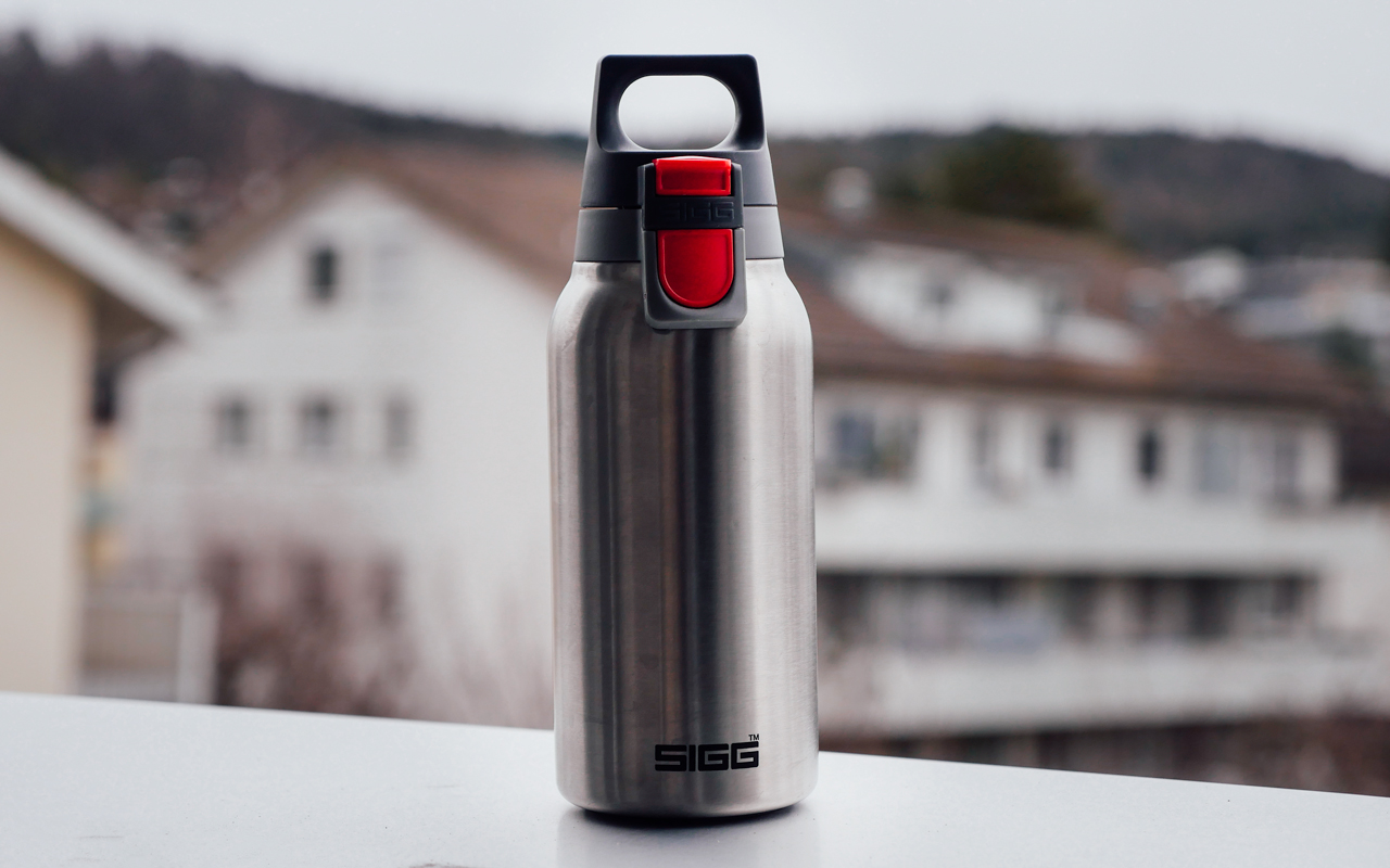 sigg water bottle hot cold one