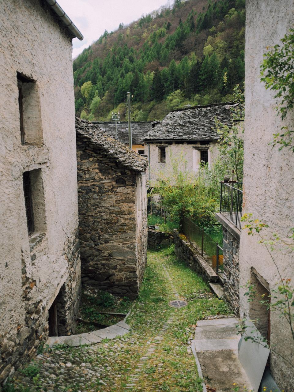 Location: Prato Sornico