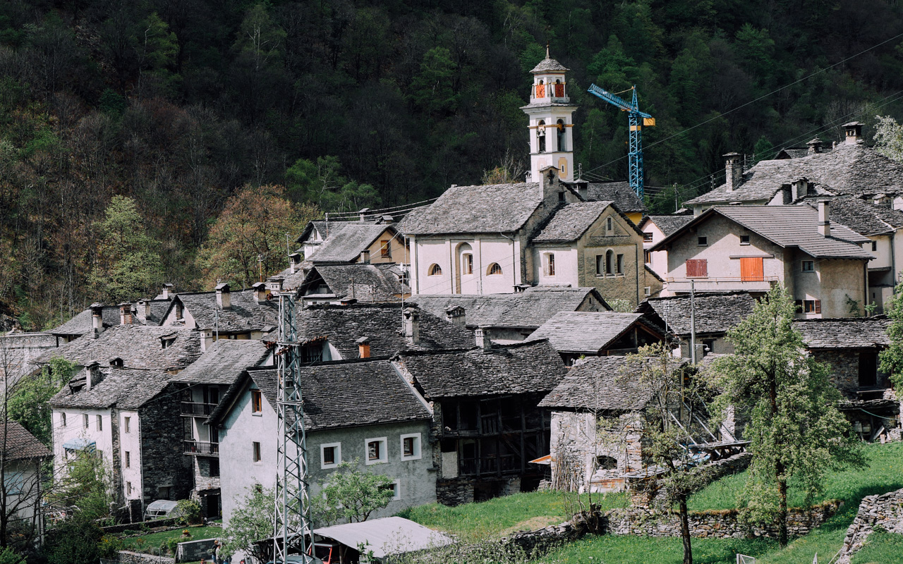 Prato and Sornico were first mentioned in 1374.
